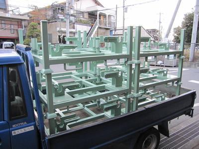 大丸製作所 短納期・専用パレット 建機ラジエーター直立用パレット