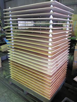 大丸製作所 短納期 専用パレット ロボット自動配送対応 ベニヤ仕切り板